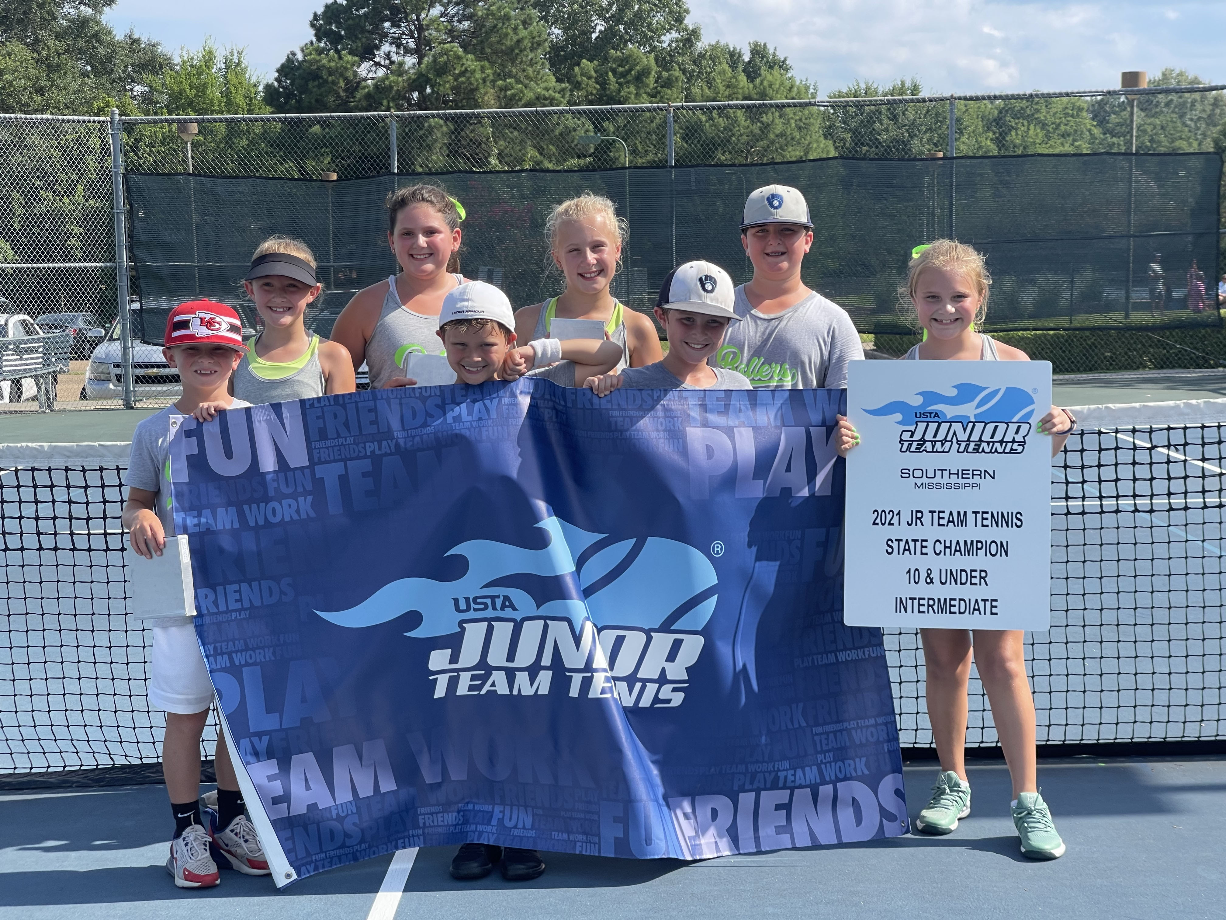 Oxford's 10 & Below crew wins Junior Workforce Tennis state title – The Oxford Eagle